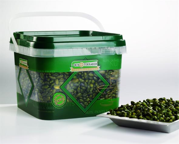 Pistachios green 2